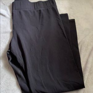 Black leggings from the limited